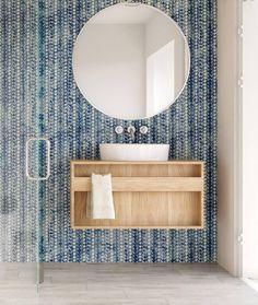 Modern bathroom design - ideas for the perfect luxury furniture Large Bathrooms, Modern Bathroom, Minimal Bathroom, Moroccan Bathroom, Beach Bathrooms, Industrial Bathroom, Bathroom Interior Design, Home Interior, Bathroom Designs