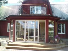 Uterum och balkong | Aluminiumservice New England Hus, Gazebo, Pergola, Compact Living, Country Style, Exterior Design, Bungalow, Sweet Home, Home And Garden
