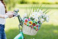 Wkład FOLK do koszyka na rower w łowickie kwiaty