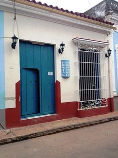 Owner:                 Yunai             City:                    Remedios                 Address:              Calle Pi y Margall 14, entre Maceo y Brigadier  Gonzalez           Breakfast:               Yes  5CUC    Lunch/ diner:           Yes 8 - 12CUC  Number of rooms:   3
