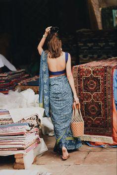 Indian Attire, Indian Outfits, Casual Indian Fashion, Saree Blouse Neck Designs, Saree Trends, Stylish Sarees, Dress Indian Style, Saree Look, Indian Designer Wear