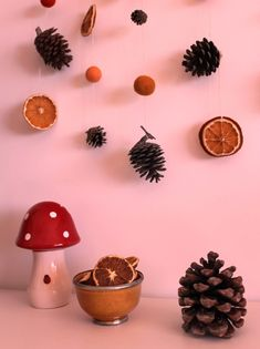 Fall in love with fall : DIY Fall Diy, Falling In Love, Berries, Pink, Happy, Blog, Decor, Pinecone, Cup Of Tea