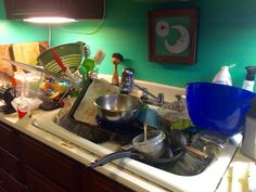 Dirty Dishes in Sink Family Thanksgiving Dinner EGR Tidy Kitchen, Messy Kitchen, Kitchen Aid Mixer, Easy Pasta Salad, Dish Detergent, Ate Too Much, Family Thanksgiving, High Fat Diet, No Cook Meals