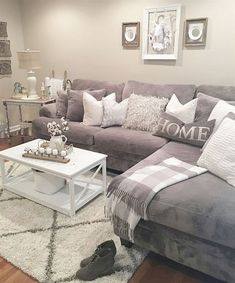 66 best farmhouse living room remodel ideas (11)  #RemodelingGuide