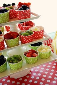 Trendy Fruit Cups For Kids Party Desserts 50 Ideas Fruit Party, Snacks Für Party, Fruit Snacks, Fruit Salads, Fruit Bowls, Fruit Food, Party Desserts, Summer Desserts, Party Party