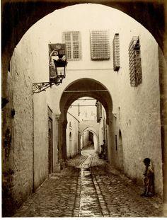 Tunisie, Tunis (تونس), Rue de Tunis     #Afrique_Africa #Tunisie