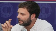 Rahul Gandhi holds 2014 strategy session with Congress CMs