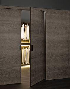 Wardrobe: BACKSTAGE - Collection: B&B Italia - Design: Antonio Citterio