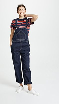 If Joanna Gaines of Fixer Upper Had A Capsule Wardrobe - Classy Yet Trendy Classy Yet Trendy, Classy Casual, Denim Overalls, Dungarees, Cut And Style, Her Style, Patched Jeans, Joanna Gaines, Wardrobes