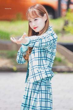 your best source for everything about Blockberry Creative's girl group, LOOΠΔ. Kpop Girl Groups, Kpop Girls, First Girl, My Girl, Teaser, Chuu Loona, Let Me In, Pump It Up, Singing In The Rain