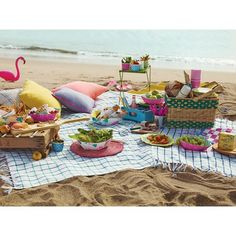 I love the colors... the idea... hmmm   Poppytalk Beach Picnic Collection
