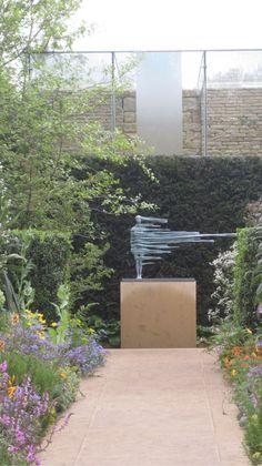 sculpture by anna gillespie Chris Beardshaw's Chelsea garden Outdoor Sculpture, Outdoor Art, Sculpture Art, Garden Sculpture, Landscape Art, Landscape Architecture, Landscape Design, Garden Art, Garden Design
