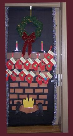 I love this! I will be attempting to do this on my office door this year :)