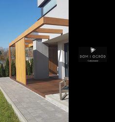 Townhouse Garden, Contemporary Garden, Pergola Patio, Garage Doors, Relax, Mansions, Architecture, House Styles, Outdoor Decor