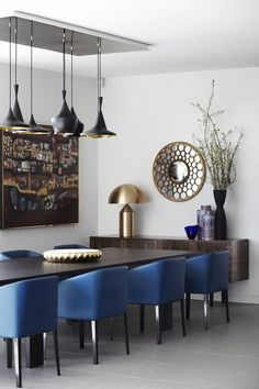 If you are looking for high end and modern dining room chairs. Give your space a smashing glamorous and edgy look with these leather dining room chairs. Blue Dining Room Chairs, Dining Room Walls, Dining Room Lighting, Dining Room Design, Blue Chairs, Table Lighting, Dinning Table, Console Tables, Lighting Ideas