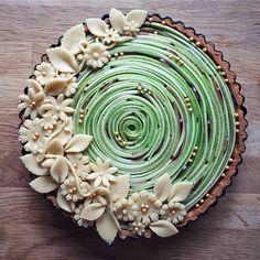 Pie Decoration, Cake Decorations, Pie Crust Designs, Homemade Pies, Pies Art, Summer Pie, Charcuterie Platter, Salad Sauce, Pie Crusts