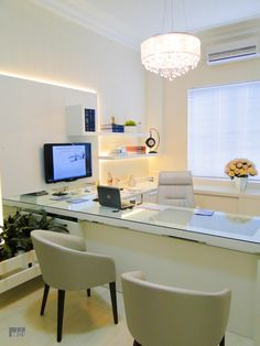 The Best Modern Home Office Design Elements Doctors Office Decor, Medical Office Decor, Dental Office Design, Modern Office Design, Home Office Decor, Office Furniture, Doctor Office, Office Designs, Medical Design