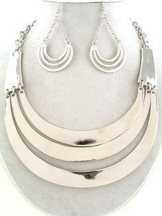 chunky Silver Bib Tri Row Metal Statement RUNWAY FLAIR Necklace Earrings Jewelry