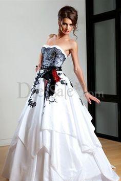 Lace Embroidered White Taffeta Wedding Dress