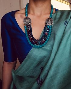 Instructions for collecting jewelry for saree - jewelry accessories ideas Diana Penty, Trendy Sarees, Stylish Sarees, Saree Dress, Sari, Saree Accessories, Saree Jewellery, Beaded Jewellery, Silver Jewellery