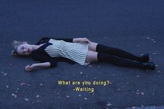 cassie skins what are you doing? Citations Grunge, Fotografia Grunge, Cassie Skins, Hannah Murray, Grunge Quotes, Skins Uk, Sad Movies, Provocateur, Film Quotes
