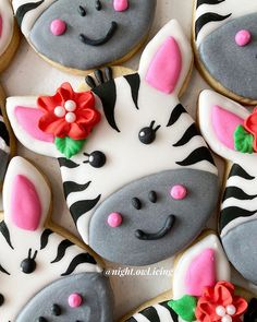 Zebra Cookies, Baby Boy Cookies, Crazy Cookies, Iced Cookies, Sugar Cookies Recipe, Cupcake Cookies, Cookie Cake Pie, Cookie Frosting, Cookie Buffet