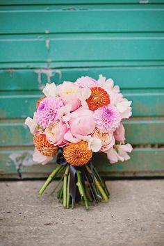 Orange and Pink Dahlia Bouquet. Too orange for my taste but cool grouping of flower types Florist London, Casket Flowers, Dahlia Bouquet, Language Of Flowers, Wedding Prep, Summer Wedding, Dream Wedding, Wedding Ideas, Types Of Flowers