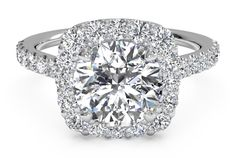 The Top 10 Most Popular Engagement Rings of 2015: #1. French-set cushion-shaped halo engagement ring                                                                                                                                                                                 Más