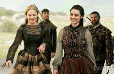 "Greer of Kinross & Mary Stuart - Reign ""Leaps of Faith"" - Season Episode 3 Tudor Fashion, Reign Fashion, Arab Fashion, Reign Mary, Mary Queen Of Scots, Queen Mary, Isabel Tudor, Marie Stuart, Costumes"