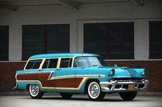 1956 Ford Wagon.