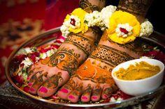 TRENDING: FLOWER POWER, FLOWER JEWELRY IS TALK OF THE WEDDING SEASON - Blog | ShaadiSagaBlog | ShaadiSaga