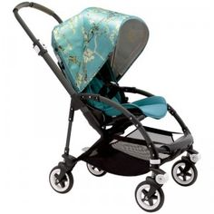 The Bugaboo Bee3 Complete Van Gogh offers numerous luxury amenities such as the Almond Blossom silk-like canopy with sun protection.