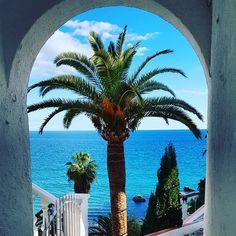 Da geht's lang zum Playa de Calahonda - #playadecalahonda #playadelacalahonda #palme #palma #palm #palmtree #sea #seaview #mar #meer #meerblick #nerja #málaga #axarquía #costadelsol #andalusia #andalusia #andalucía #spain #spanien #espagña