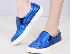Happy shopping  Color: blue  Shoes size: 35-40   It is very Trendy for mix and match !!