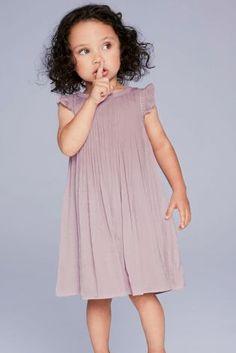 Kaufen Sie Plissiertes Satin-Kleid für besondere Anlässe, Pink (3 Monate bis 6 Jahre) from Next Germany