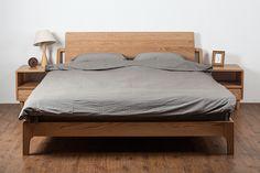 Oak Wood Bed - Oak