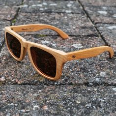 Beachwood sunglasses of Wooden Made. www.woodenmade.nl