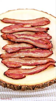 Did you know you can broil bacon? Learn how on the blog. #broiled #bacon #howtomake #foodblogger #valyastasteofhome | www.valyastasteofhome.com Best Breakfast Recipes, Brunch Recipes, Sweets Recipes, Bacon Pasta Recipes, Chicken Bacon Alfredo, Bacon In The Oven, Dinner Dishes, Cookies Et Biscuits