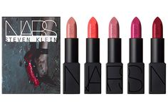 Nars Killer Heels Mini Lipstick Set - Five shrunken lipsticks, in Little Darling (an iridescent beige), Mayflower (a sheer, shimmering raspberry), Joyous Red (a gold-flecked rust), Jungle Red (a semimatte bright red), and Fire Down Below (a semimatte pure blood red). #NARS