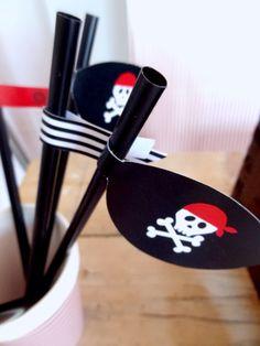 Ozdoby na słomki Piraci.