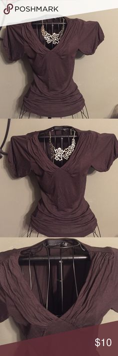 Dk Brown Dressy V-neck T-shirt Blouse S Love this too! Nicely accented v-neck- gathered cap short sleeves- EUC The Limited Tops Tees - Short Sleeve