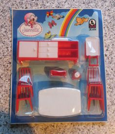 vintage-JEAN-of-WEST-GERMANY-DINING-ROOM-in-packet-16th-Lundby-size