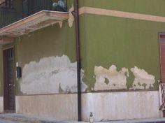 #Napoli #Vomero #Pozzuoli #Fuorigrotta #Camerette #Lavori #Campania  Fra le varie insidie che si possono affrontare nella manutenzione della casa, quella dell'umidità sul muro può essere una delle più difficili a cui dover porre rimedio. Come combattere dunque l'umidità sui muri?  Rivolgiti alla Socogeg Srl per un sopralluogo e preventivo Gratuito.