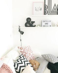 Auch In Diesem Zuhause Darf Eine Lightbox Nicht Fehlen! Kombiniert Mit  Tollen Wohnaccessoires Und Wunderschönen
