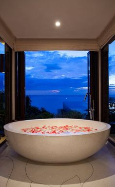 What a beautiful bath setting! The perfect inspiration for the ultimate indulgent treat this Valentine's Day, even more perfect would be the addition of products Divine bathroom - Luxury Kamala Pool Villas & Suites Phuket - Paresa Resort Phuket – Dream Bathrooms, Dream Rooms, Beautiful Bathrooms, White Bathrooms, Master Bathrooms, Romantic Bath, Luxury Penthouse, Luxury Condo, Spa Tub