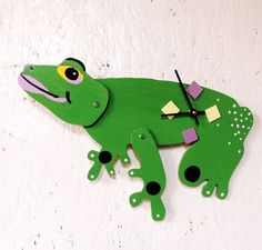 Green Frog Clock moving parts by Coastrangewoodworks on Etsy, $45.00