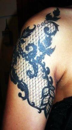 I just love the looks of lace tattoos Body Art Tattoos, Tatoos, Arm Tattoos, Rose Tattoos, Black And Blue Tattoo, Zentangle, Piercings, Geniale Tattoos, Cool Tats
