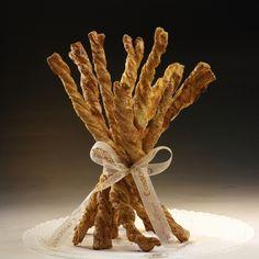 Wkręt Duńskie ciasto z dużą ilością świeżego masła, przełożone cukrem trzcinowym wymieszanym ze świeżo mielonym cynamonem. Mocno wypieczone, aromatyczne, wkręca nas w obroty.
