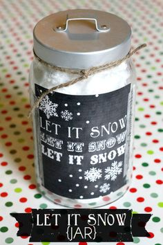 Let it Snow Jar with free printale. Fill with white cotton candy. Tutorial on { lilluna.com }