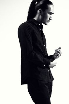 An all black outfit rarely loses. Kuro FW12' ~ Old Man Fancy.